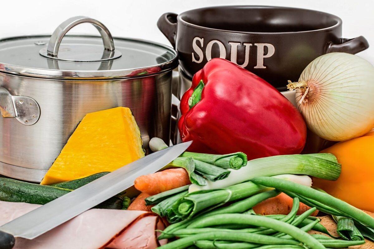 Dieta przyśpieszająca metabolizm. Dowiedz się, co powinieneś jeść
